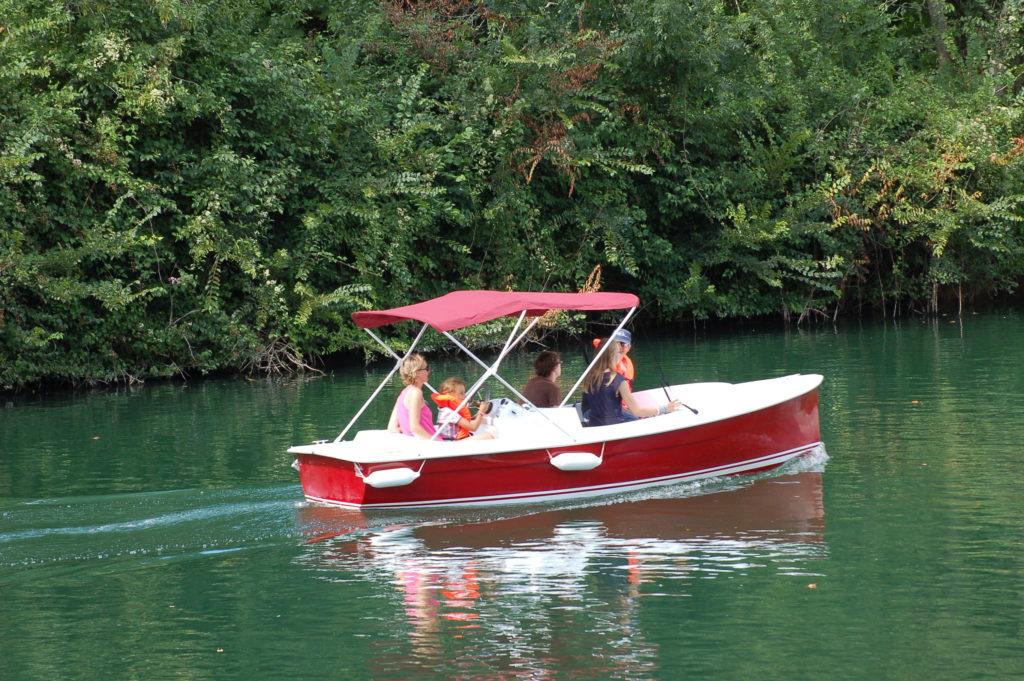 bateau scoop