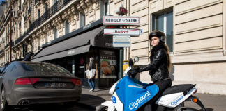 transport-scooter-neuilly-cityscoot-electrique